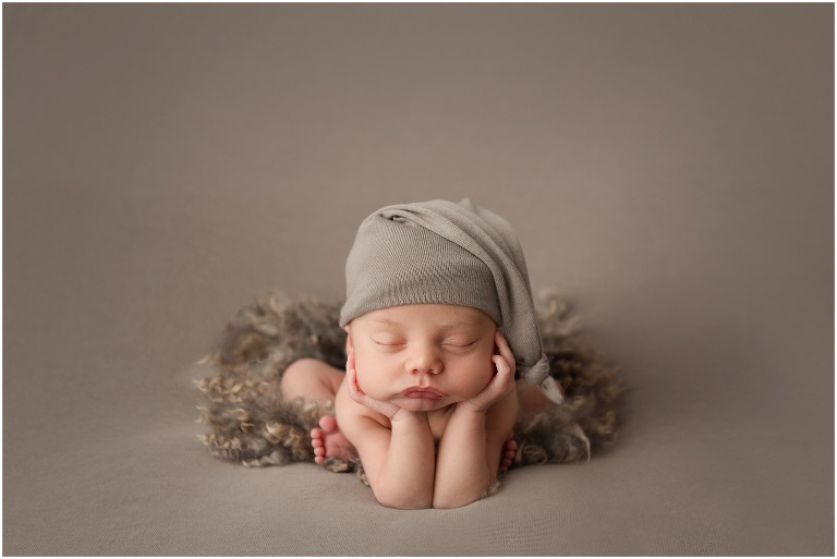 Hampton roads newborn photography session froggy pose